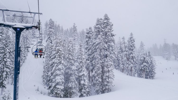 The Mammoth ski area is serviced by 28 lifts
