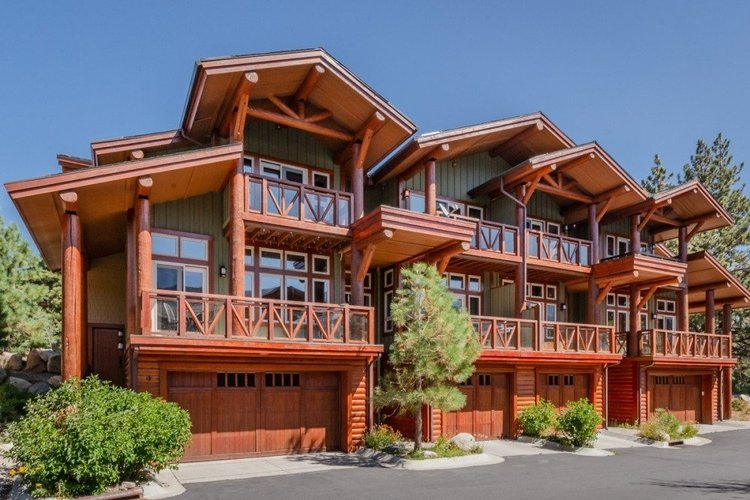 A Mammoth Lakes townhome provides a super vacation in Mammoth Ski resort
