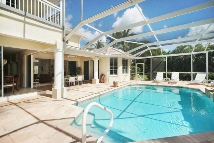 Our pet-friendly vacation rentals in Cape Coral all have a private pool