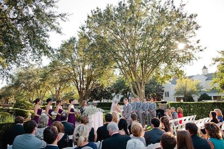 Linear Park is one of Orlando's best outdoor wedding ceremonies