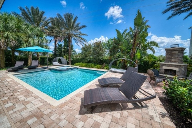 The gated community of Encore Resort is ideal for families, couples and pet-friendly groups
