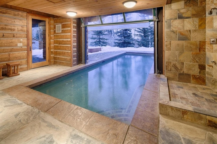 Park City features some amazing vacation homes for your epic USA road trip.