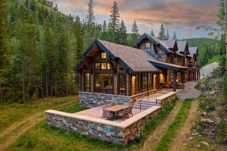 When driving to Breckenridge, stop over in one of our amazing ski cabins and chalets!