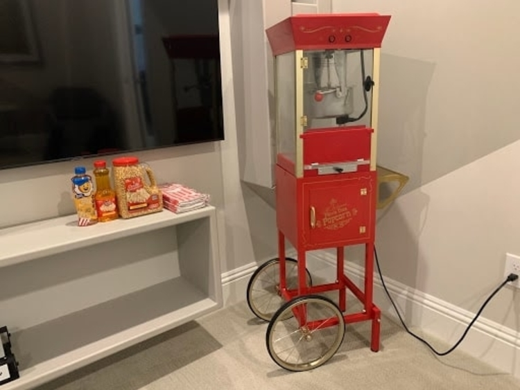 The popcorn maker was a big hit with the Johnson family!