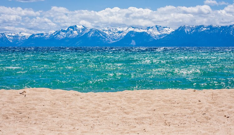 Lake Tahoe is a perfect family-friendly destination for fun and varied reunions in nature!