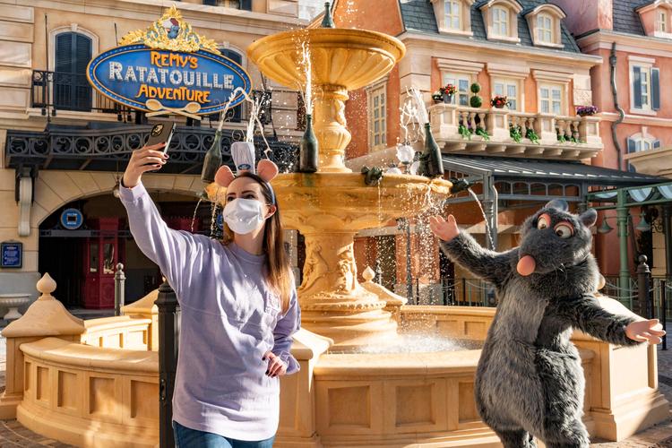 What's open in Disney World in 2022