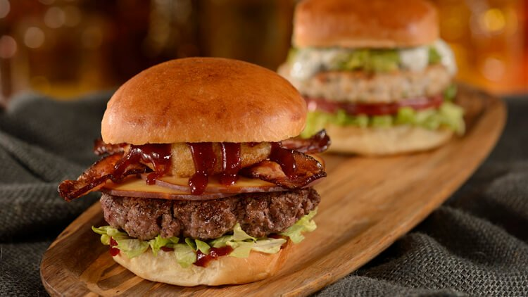 Of the 200 Quick Service places ar Disney World, D-Luxe Burger is Yaz and Ash's favorite.