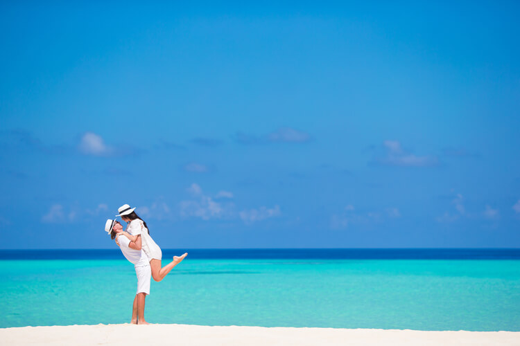 Find out the most romantic Caribbean Islands for couples here