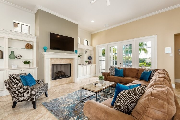 If you're spending Independence Day in Orlando, this all-American home is ideal.