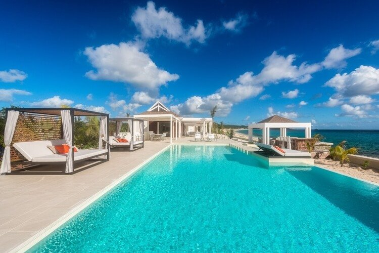Discover luxury accommodation in Saint Martin