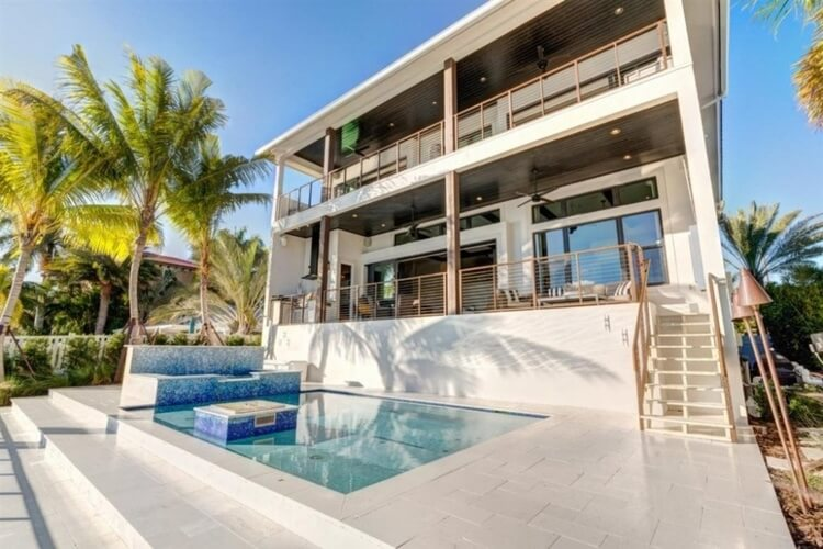 This sleek and well-equipped home is easily one of our top Clearwater Florida rentals!