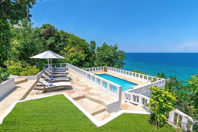 Jamaica offers a wealth of accommodation options to suit all budgets.
