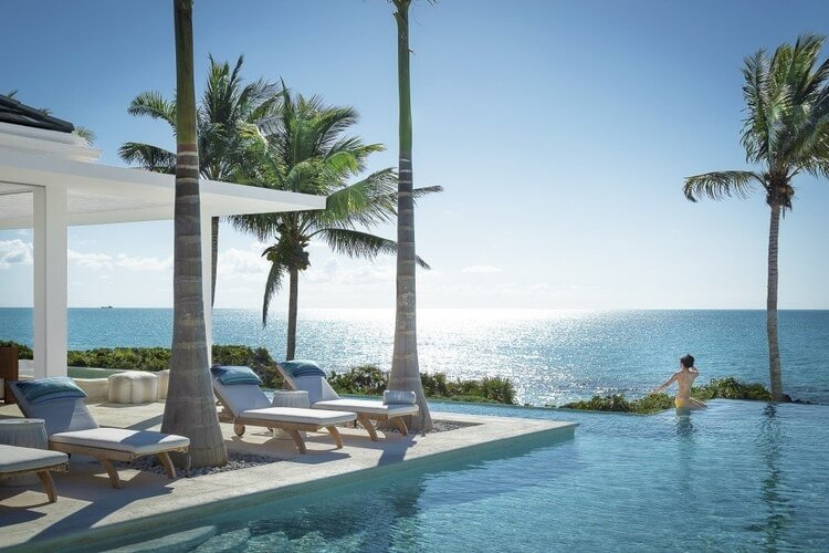 This Turks and Caicos villa with sea view sets the scene for effortless escapism.
