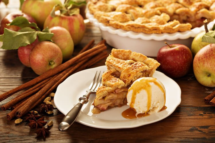 American apple pie served with ice cream