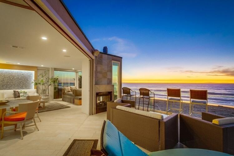 A beachfront San Diego villa